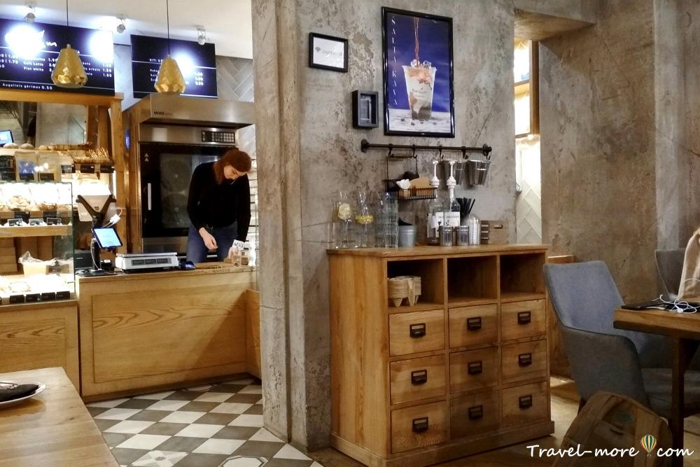 Кафе Сrustum в Вильнюсе