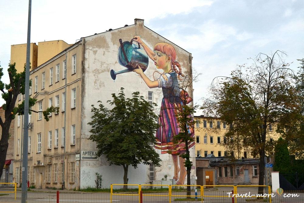 Граффити девочка и дерево