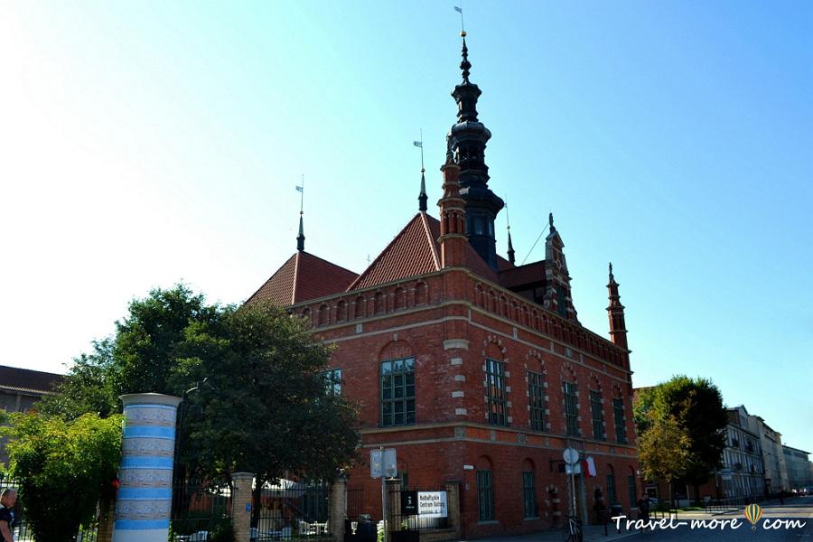 Гданьск Балтийский центр культуры