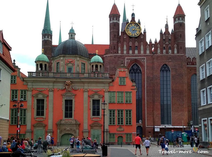 Гданьск Мариацкий костел и Королевская часовня