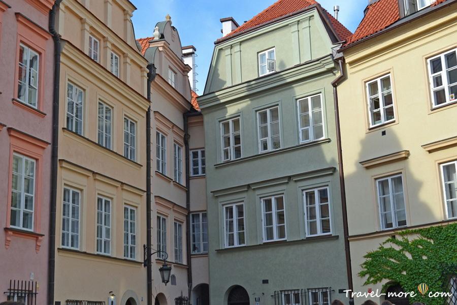 Узкий дом Варшавы