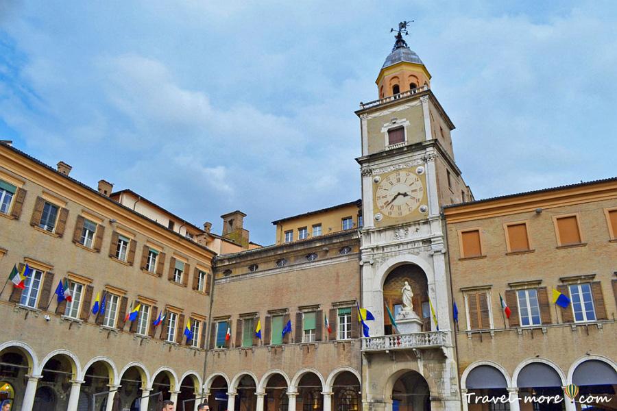Палаццо Комунале Модена (Palazzo Comunale)