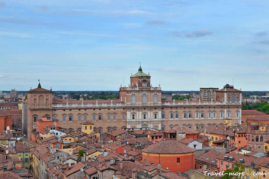 Дворец герцогов Модены (Palacco Ducale)
