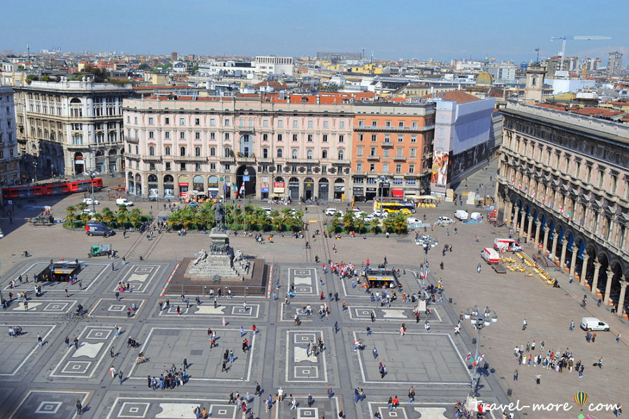 Площадь Пьяцца-дель-Дуомо