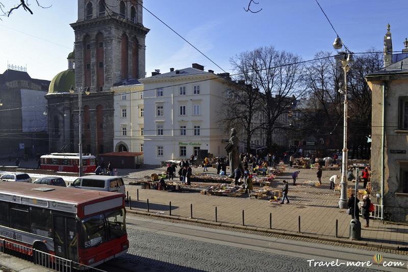 Блошиный рынок во Львове