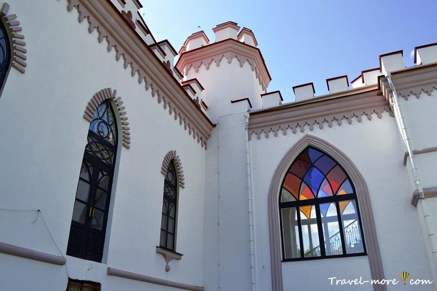 Дворец Пусловских в Коссово